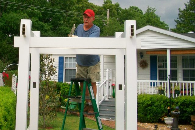 GARY BUILDING THE FRONT ARBOR 2