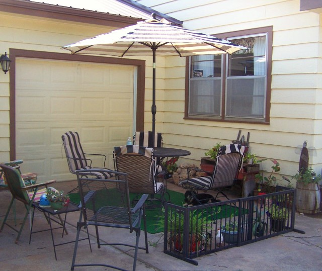 PATIO AREA 1