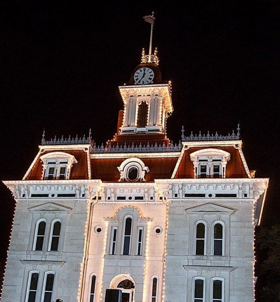 COURT HOUSE LIGHT BETTER